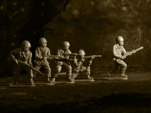plastic-toy-soldiers-1244833-m
